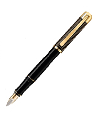 pelikan black m3110  fountain pen